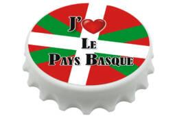 Magnet décapsuleur cadeau Pays basque